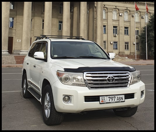 rent in Kyrgyzstan Toyota Land Cruiser 200